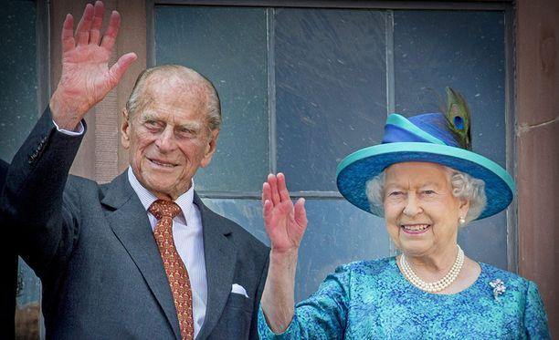 Prinssi Philip on seissyt puolisonsa rinnalla vuodesta 1947.