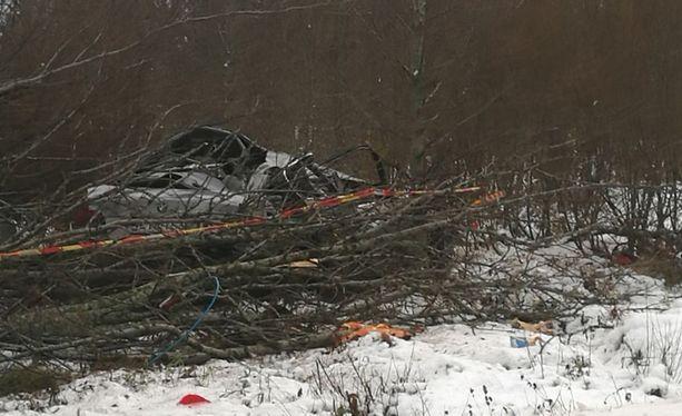 Mies kuoli ulosajo-onnettomuudessa Haapavedellä perjantaina. Henkilöauton kuljettajan epäillään olleen humalassa.