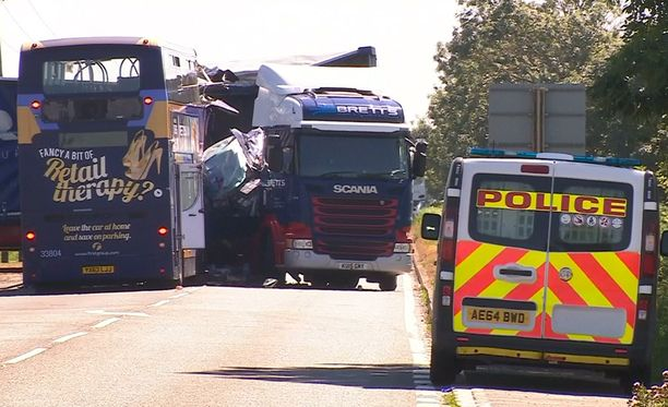 A47-tiellä sattuneessa onnettomuudessa on kaksi kuolonuhria.