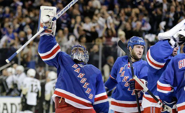New York Rangers on juhlinut 2-1-voittoa tämän kevään pudotuspeleissä jo seitsemän kertaa.