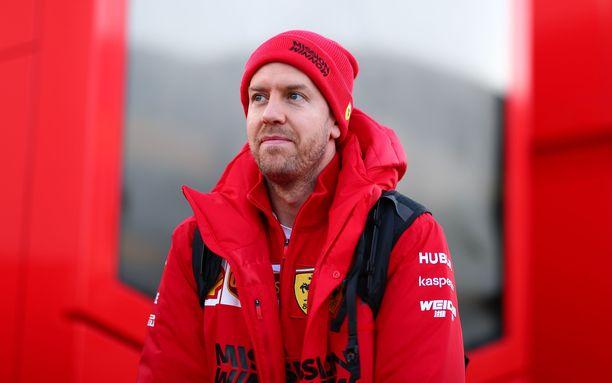 Sebastian Vettel tunnustaa, että Ferrarilla on vielä työtä tehtävänä.