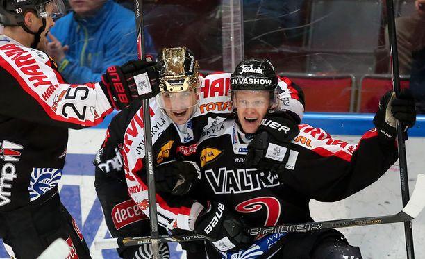 Pelit Jyväskylässä päättyvät usein JYPin juhliin.