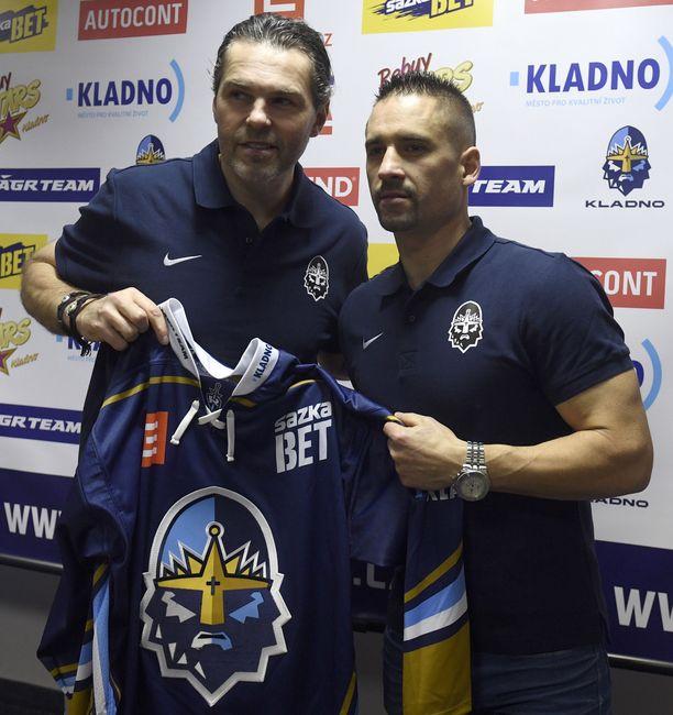 Plekanec (oikealla) siirtyi Kladnoon marraskuussa.
