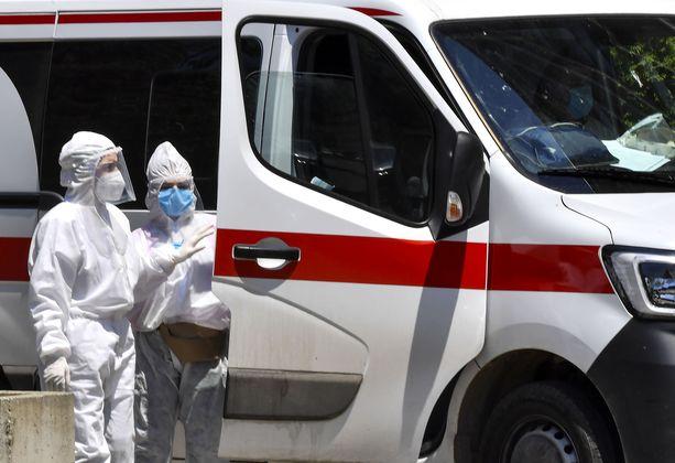 Koronavirus levisi ennätysvauhdilla kesäkuussa.