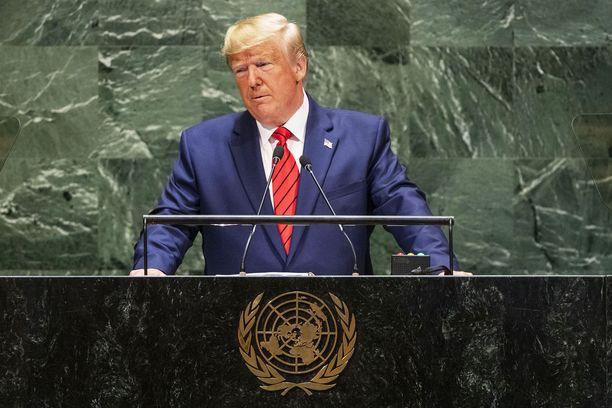 Ulkovallan painostaminen poliittisen lian toivossa riitti demokraateille syyksi aloittaa virkasyytetutkinta presidentti Donald Trumpia vastaan.