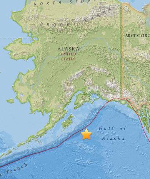 Maanjäristyksen keskus sijaitsi Alaskanlahdella.