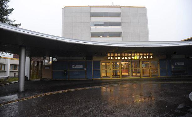 Päijät-Hämeen keskussairaalan parkkipaikalla havaittiin viime toukokuun lopulla, että eräässä autossa sisällä on yksinään vauva turvaistuimessa.