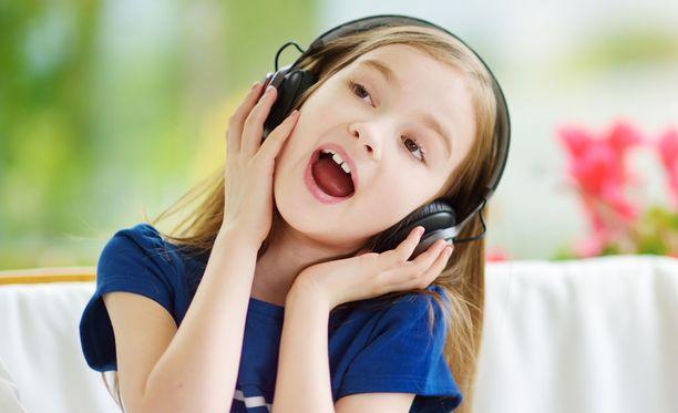 Musiikki saa tunteet liikkeelle.