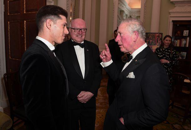 Pari viikkoa sitten Walesin prinssi osallistui illalliselle, jossa muistettiin Australian metsäpalojen uhreja.