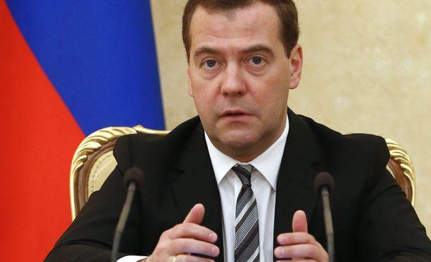 Venäjän pääministeri Dmitri Medvedev pitää Ukrainan Nato-hakemusta vakavana muutoksena maiden suhteissa.