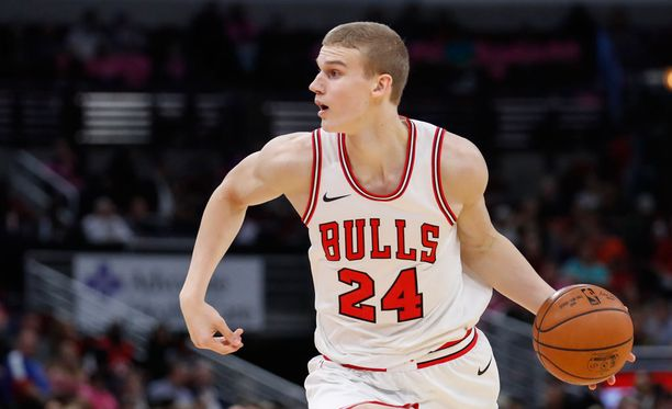 Lauri Markkanen on ensi yönä Bullsin avausviisikossa.