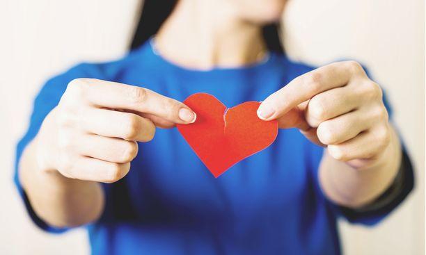 Särkyneen sydämen oireyhtymä vaivaa erityisesti naisia.