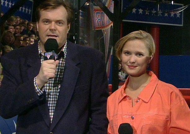 1990-luvulla nuoret naiset tahtoivat samanlaisen kampauksen kuin juontaja Ebelingillä oli.