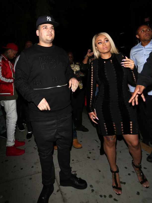 Rob Kardashian kosi tyttöystäväänsä Blac Chynaa salaa perheeltään.