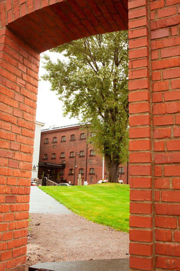 Hotel Katajanokka sijaitsee entisessä vankilassa.