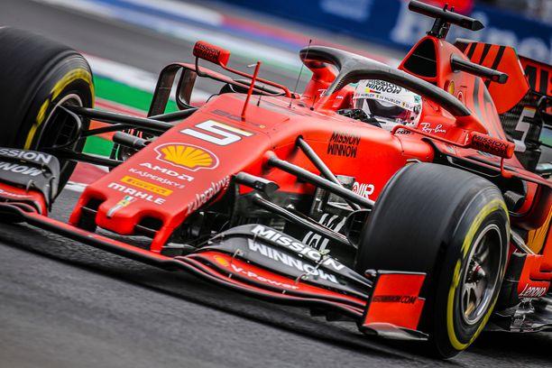 Sebastian Vettel on noussut takaisin MM-pronssitaistoon vahvan loppukauden ansiosta.