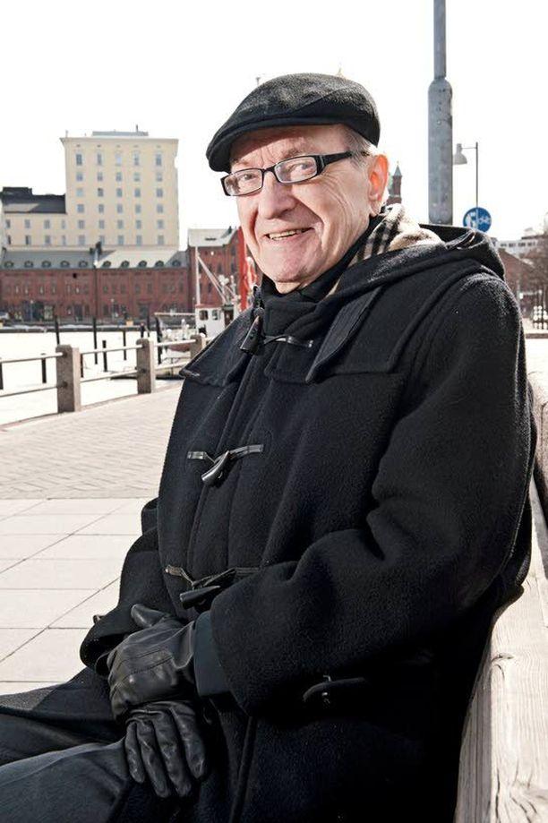 Harri Holkerin hallitus kisaa Kataisen hallituksen kanssa huonoimman hallituksen tittelistä.
