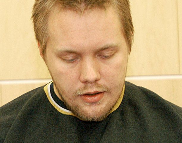 Pasi Haapalaisella oli jäljellä hieman yli 7 vuotta ja 6 kuukautta ehdollista vankeutta kahdesta edellisestä taposta.