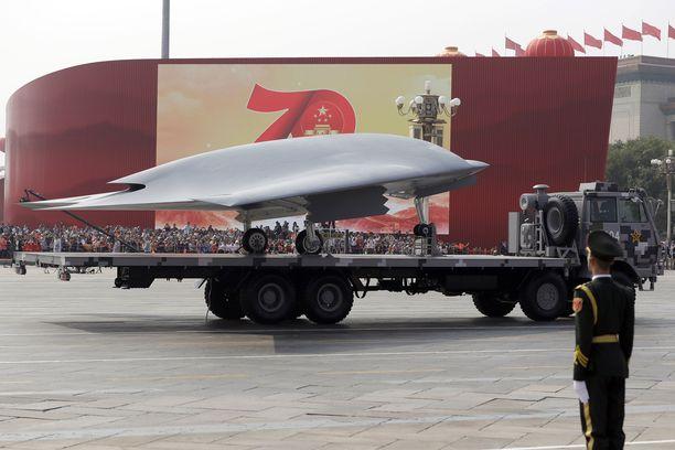 GJ-11 Lijian on Kiinan ilmavoimien uusi ylpeys, jota voidaan käyttää myös lentotukialukselta.