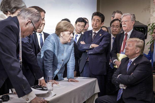 Kanadassa pidetyssä G7-maiden kokouksessa presidentti Trump oli liittokansleri Merkelin sekä muiden G7-maiden johtajien kanssa napit vastakkain lukuisissa asioissa.
