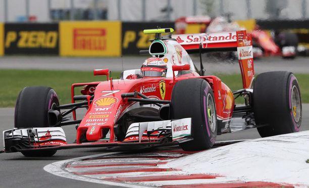 Kimi Räikkönen saatetaan nähdä Maranellon punaisessa vielä ensi kaudella.