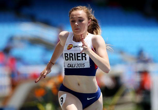 Hannah Brier pelkää yksin ulkona harjoittelemista.