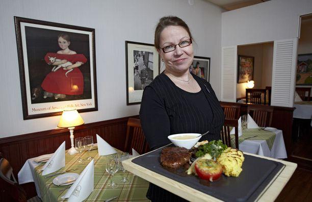 - Lankkupihvi on suosituin annoksemme, kertoo Katriina Savola.