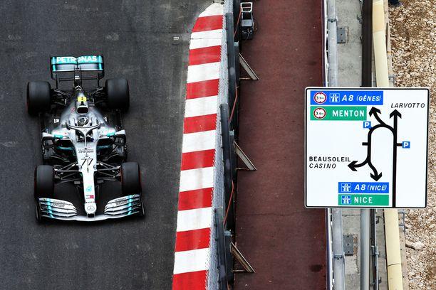 Valtteri Bottas starttaa Monacon F1-osakilpailuun toisesta ruudusta.