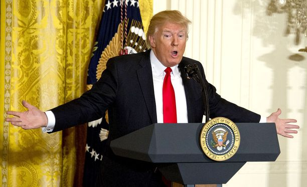 Yhdysvaltain presidentti Donald Trump on selittänyt outoa Ruotsi-kommenttiaan.