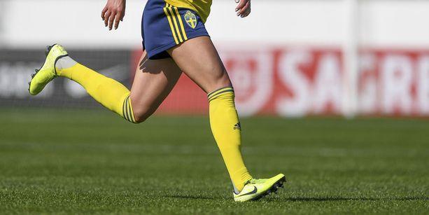 Ruotsissa pelataan yhä koronaviruksesta huolimatta, mikä on nostanut sopupelien riskiä.