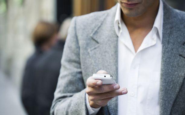Tekstaaminen aiheuttaa jatkuvasti onnettomuuksia Yhdysvalloissa.