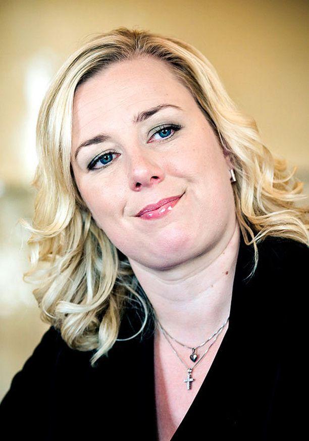 Puheenjohtaja Jutta Urpilaisen asema hallituksessa ei ole helppo.