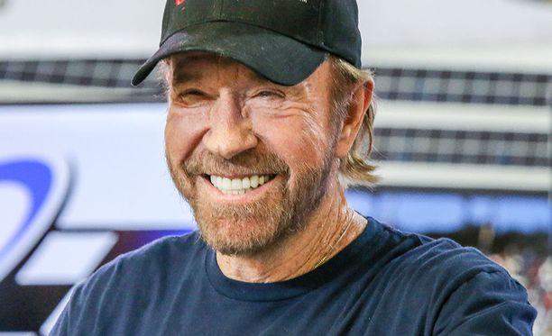 Chuck Norris on tunnettu näyttelijä.