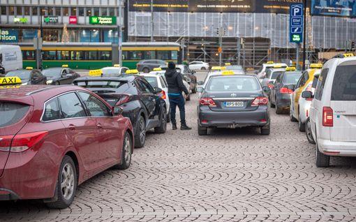 Näkökulma: Bernerin taksiuudistus on remontoitova rajusti ja pian - nyt sen myöntää jo kepukin