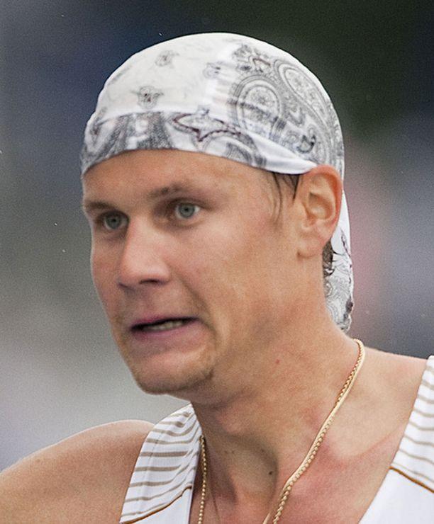 Kinnusen ura kilpakävelijänä etenee aikataulussa kohti mitalia Lontoon 2012 olympialaisia.