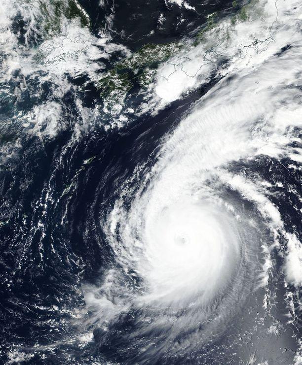 Satelliittikuva Jebistä maanantailta.