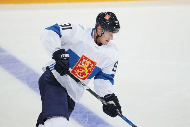Aleksander Barkov olisi Leijonien ykköstähti, mikäli hyökkääjä lähtee Slovakian MM-kisoihin.