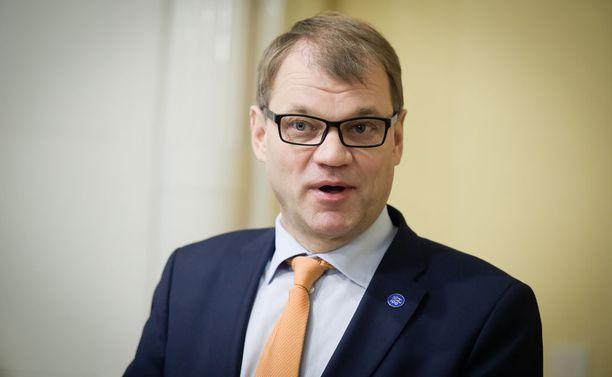 Pääministeri Juha Sipilä (kesk) on tyytyväinen hallituksen tuloksiin.