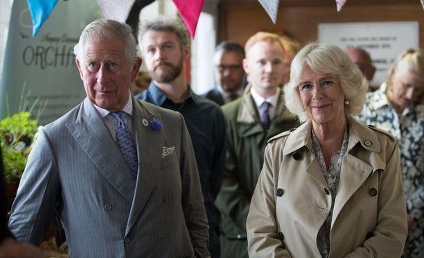 Prinssi Charles ja Cornwallin herttuatar Camilla tutustuivat Devonin ja Cornwallin työmatkallaan 13 eri kohteeseen.