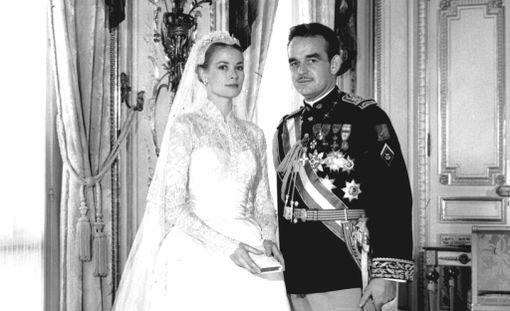 Amerikkalaisnäyttelijätär Grace Patricia Kelly ja Monacon ruhtinas Rainier III avioituivat 19. huhtikuuta 1956.