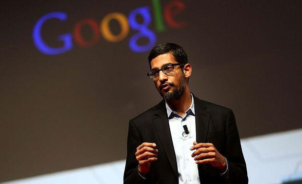 Googlen toimitusjohtaja Sundar Pichai vuoden 2015 MWC-mobiilimessuilla Barcelonassa.
