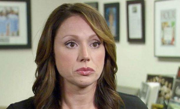 Rebecca Bredow kertoo, että lapsen rokottaminen on vastoin hänen uskomuksiaan.