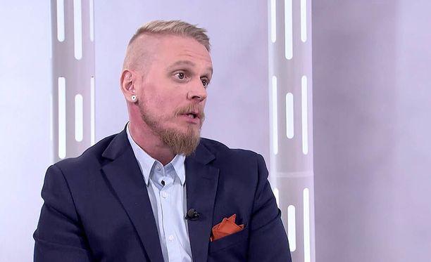 Markus Syrjänen ei halua katkeroitua, vaikka hänen kohdalleen onkin tullut poikkeuksellisen paljon vastoinkäymisiä.