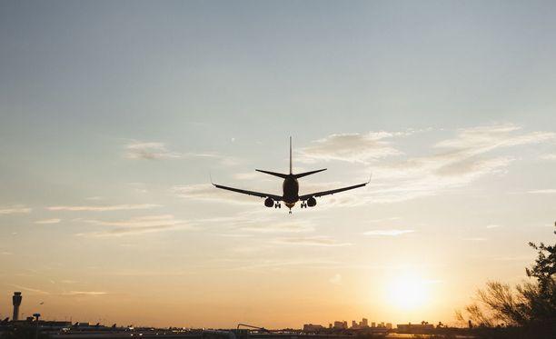 Kuvituskuva Phoenixin Sky Harbor -lentokentältä.