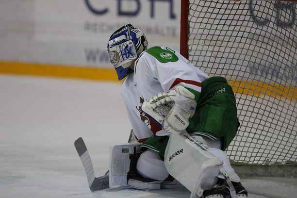 Ville Kolppanen on sivussa Röglen kahdesta seuraavasta ottelusta.