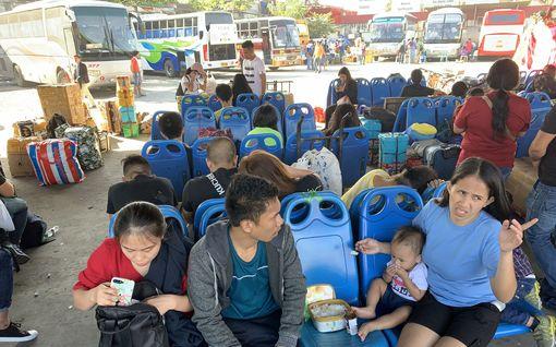 Taifuuni iski Filippiineille – osa kieltäytyy evakuoinnista joulunvieton vuoksi
