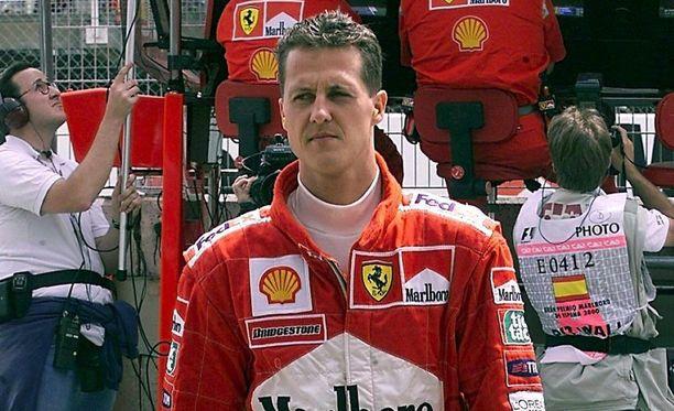 Ranskalaislehden mukaan kotihoidossa olevalle Michael Schumacherille soitetaan F1-autojen ääniä.