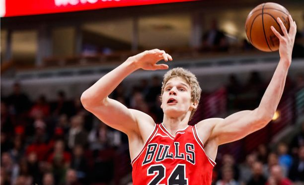 Lauri Markkanen oli lauantain Pistons-ottelussa joukkueensa paras pistemies.