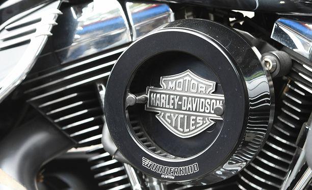 Muun muassa Harley Davidson -moottoripyörille lätkäistään perjantaina 25 prosentin tuontitulli.