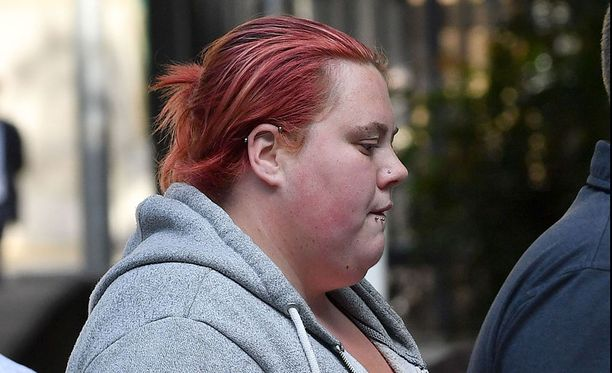 Lukuisia perättömiä raiskaussyytöksiä esittänyt 25-vuotias Jemma Beale sai 10 vuoden vankeustuomion väärästä valasta ja oikeudenkulun vääristämisestä.